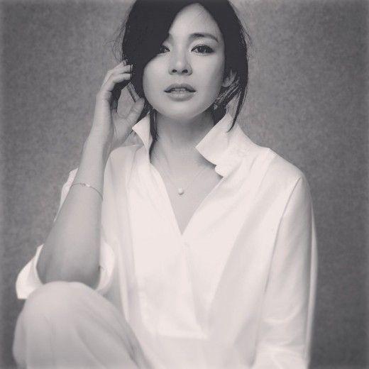 야노 시호, 그림 같은 화보 '아름다워' | Daum 연예