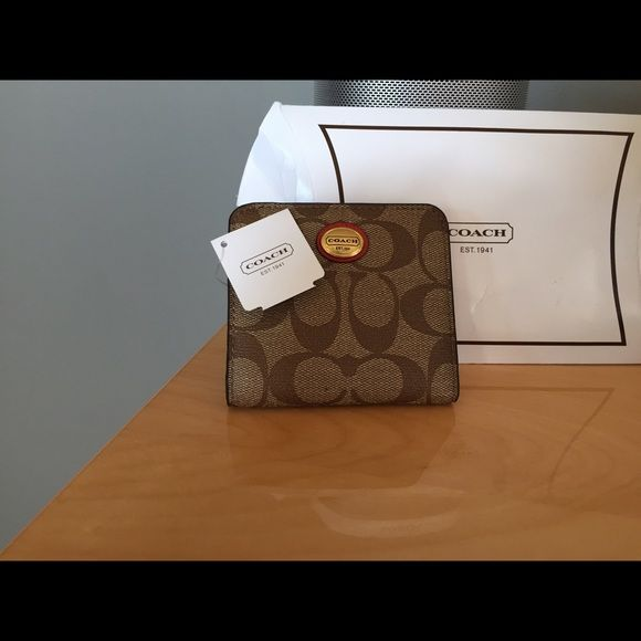 Coach wallet Brand new with tags coach wallet Coach Accessories Key & Card Holders