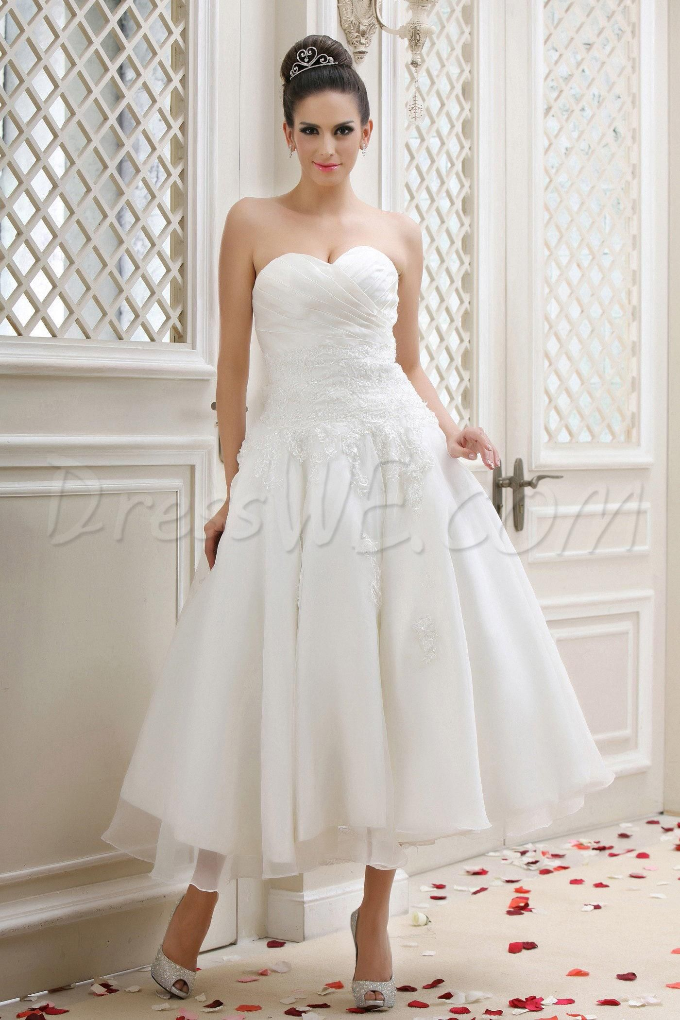 Gorgeous sweetheart aline tealength appliques talineus wedding