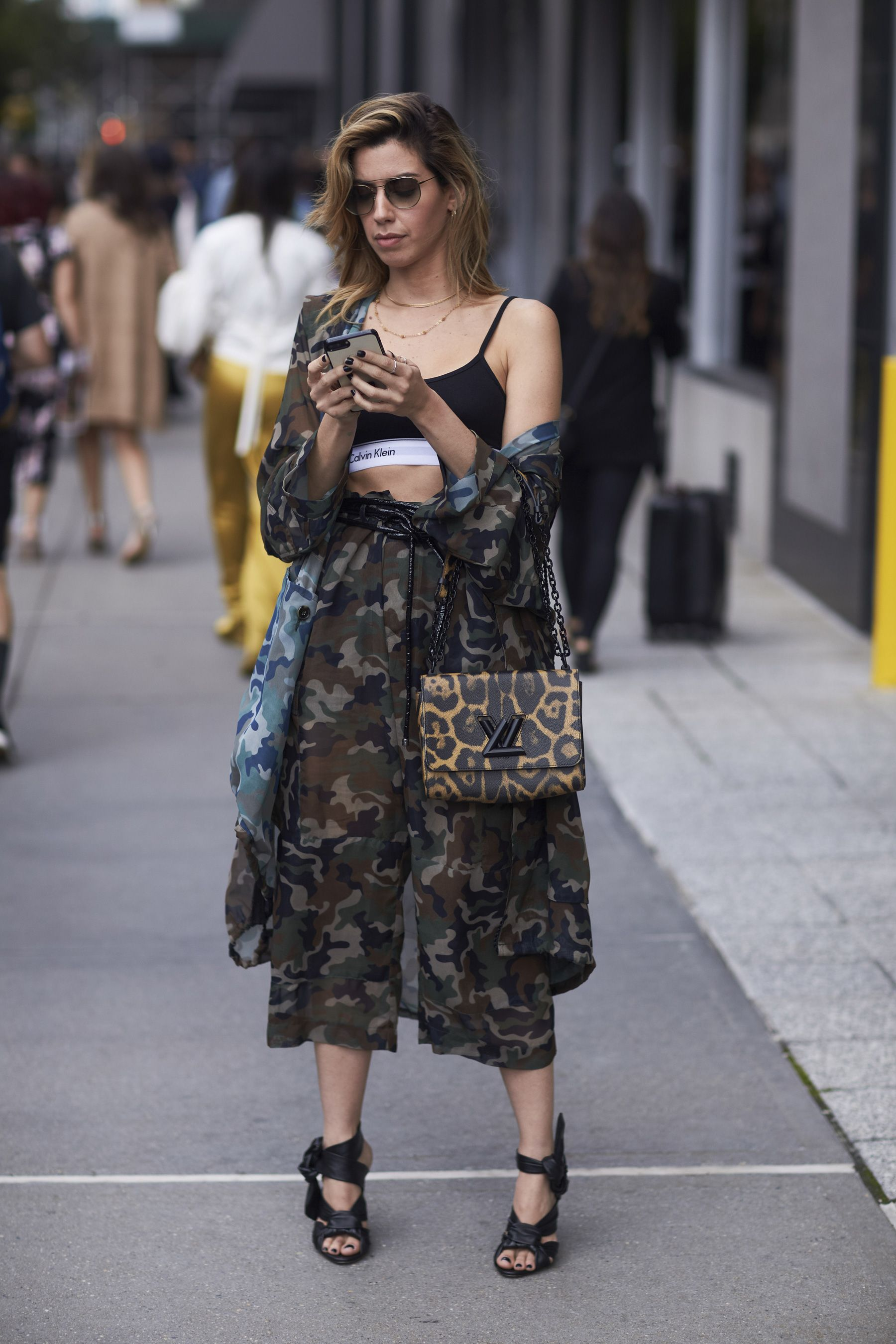 a2fb5723a268 The Best Street Style from New York Fashion Week Street Style Spring 2018