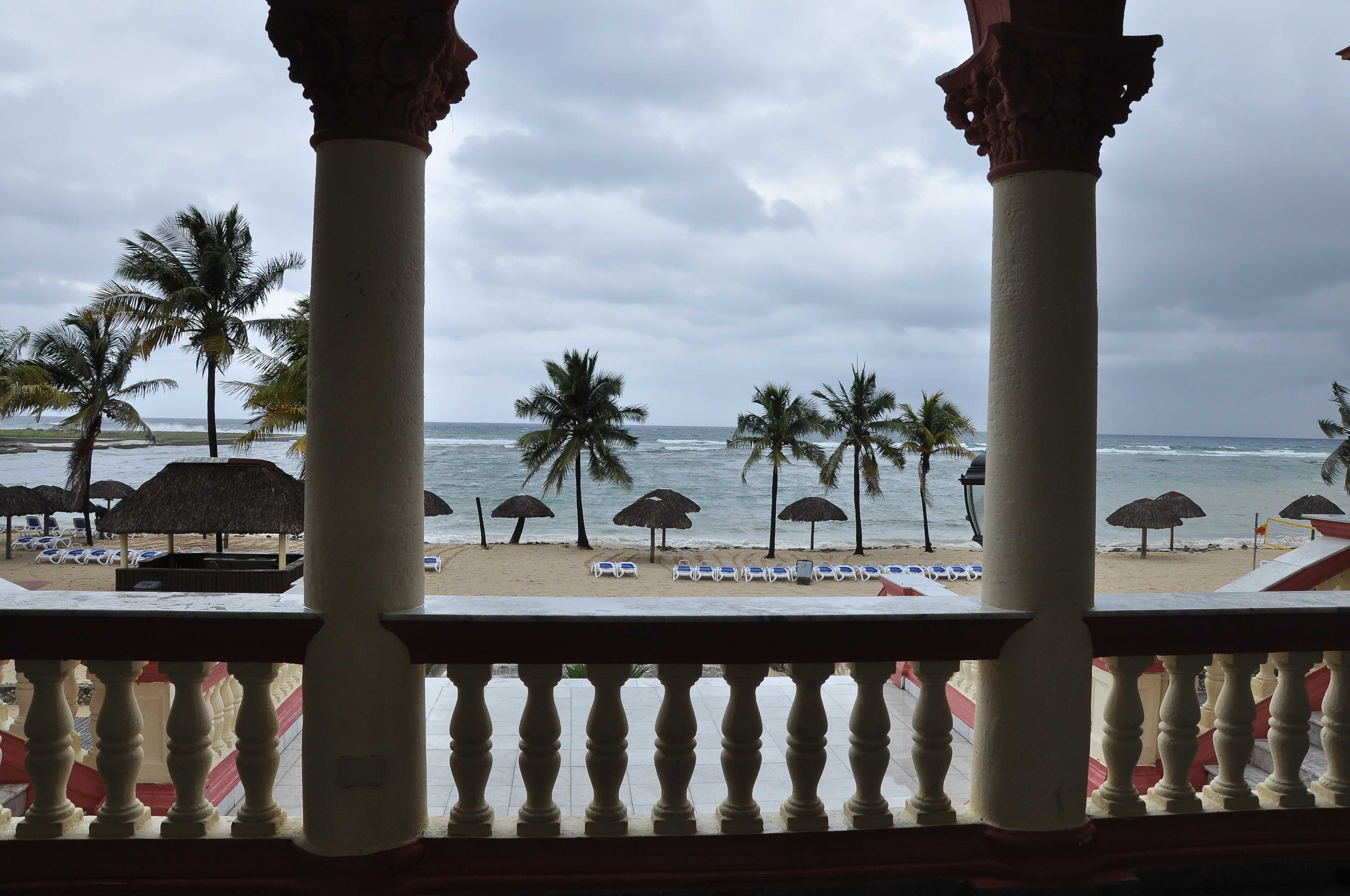 Club Habana con su espectacular vista al mar, para los amantes de los espacios exteriores