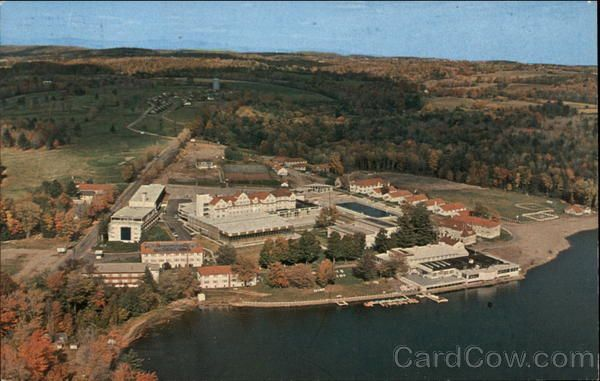Laurels Hotel And Country Club On Sackett Lake Monticello Ny Scene Of The Last Time I Went With My Family To Mountains For Holidays