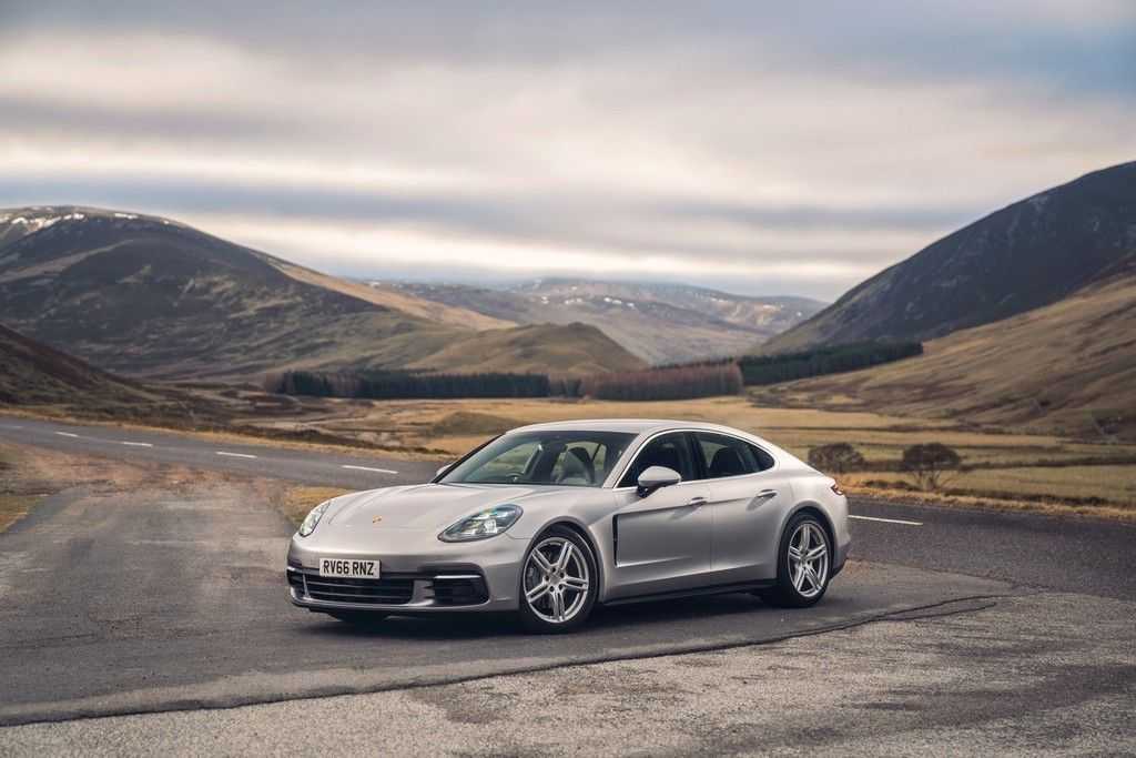 Porsche Panamera 4S, Sports Car, 4k Wallpaper