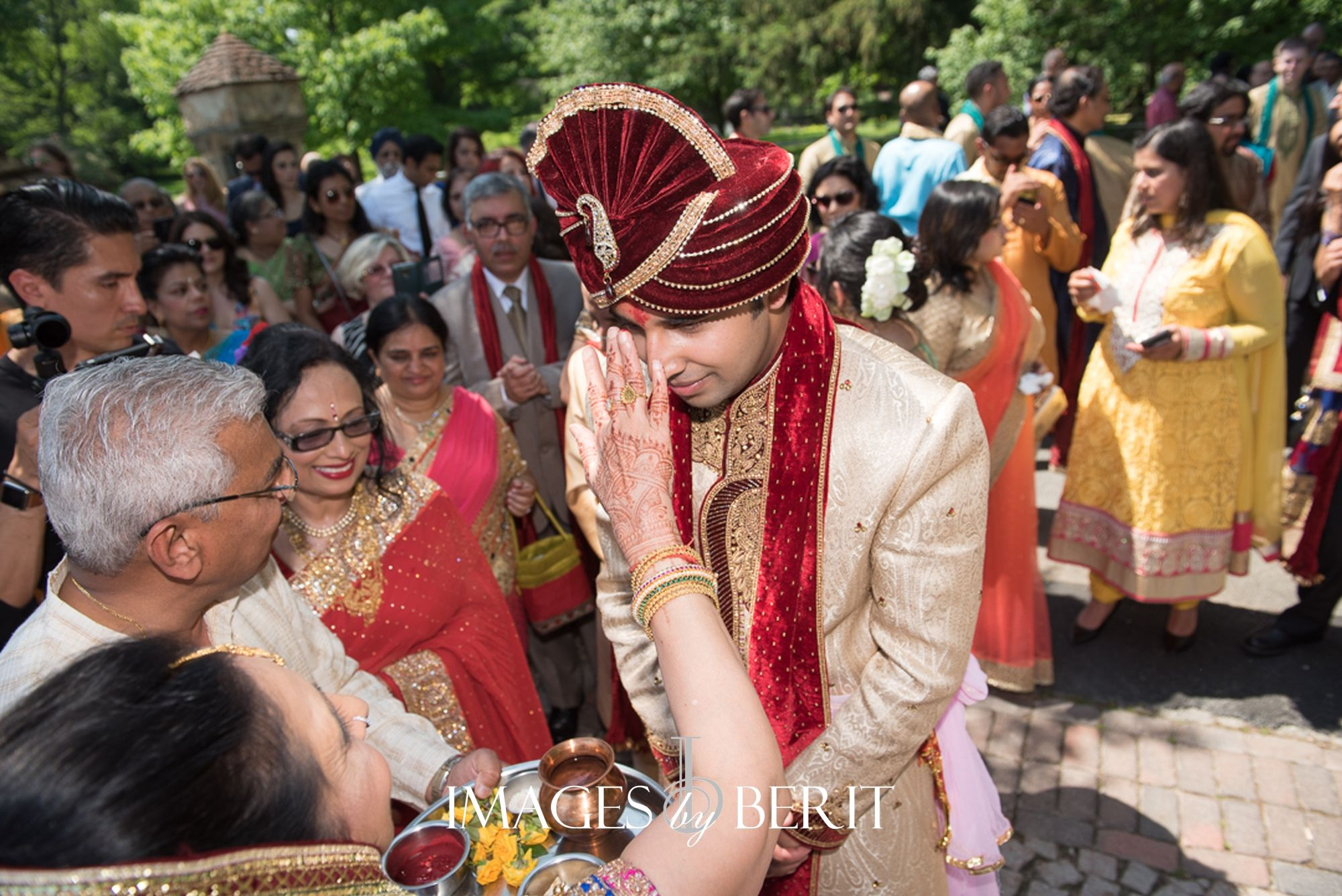 Indian Wedding at Pleasantdale Chateau Photography