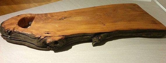 Handcrafted rustic wood chopping board chopping by BottegaDiLaturo