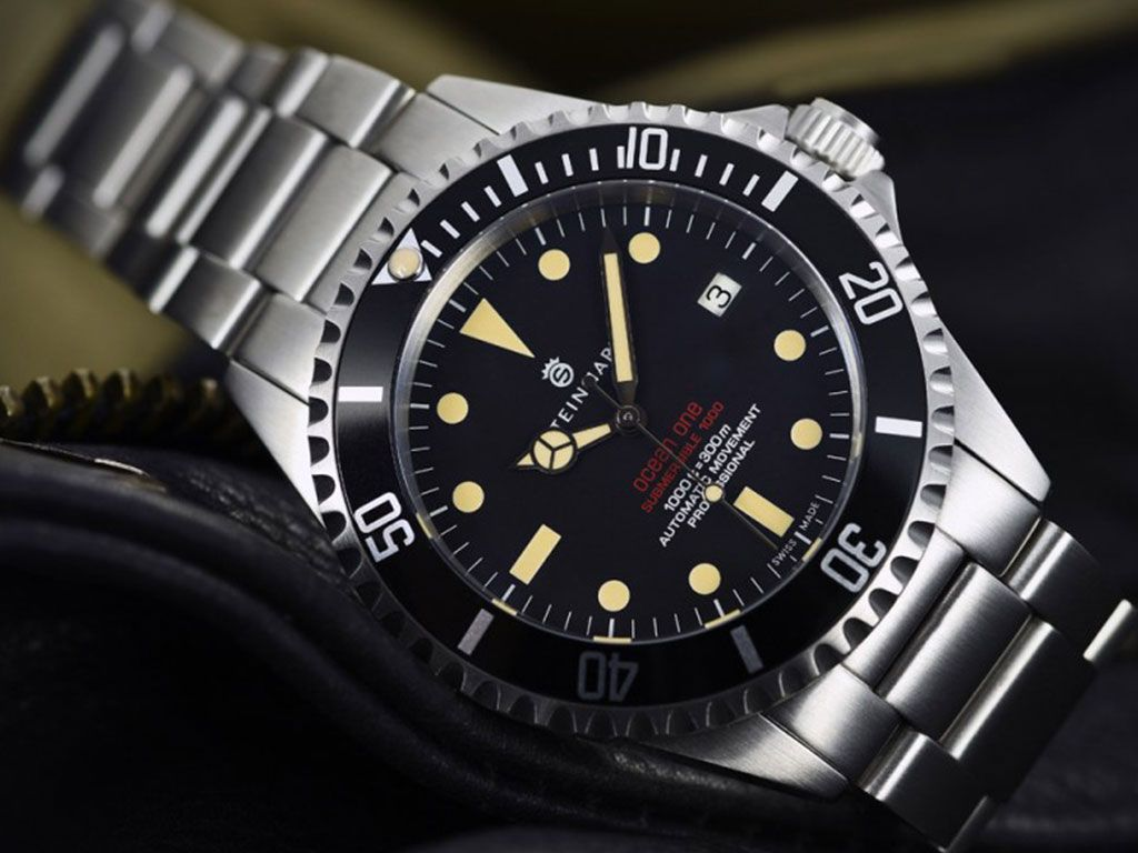 Ocean 1 Vintage Red New Swiss Made Watches Steinhart Watch 1960s Models