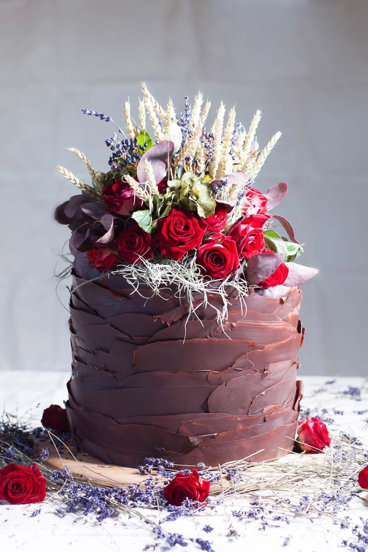 Single tier wedding cakes irresistible designs baked goods