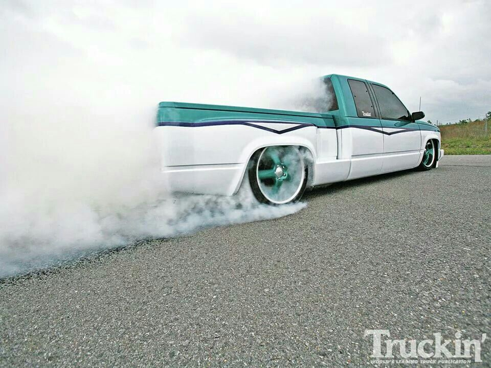 Love Seeing Lowered Trucks Doing Burnouts Lowered Trucks Custom Trucks Show Trucks