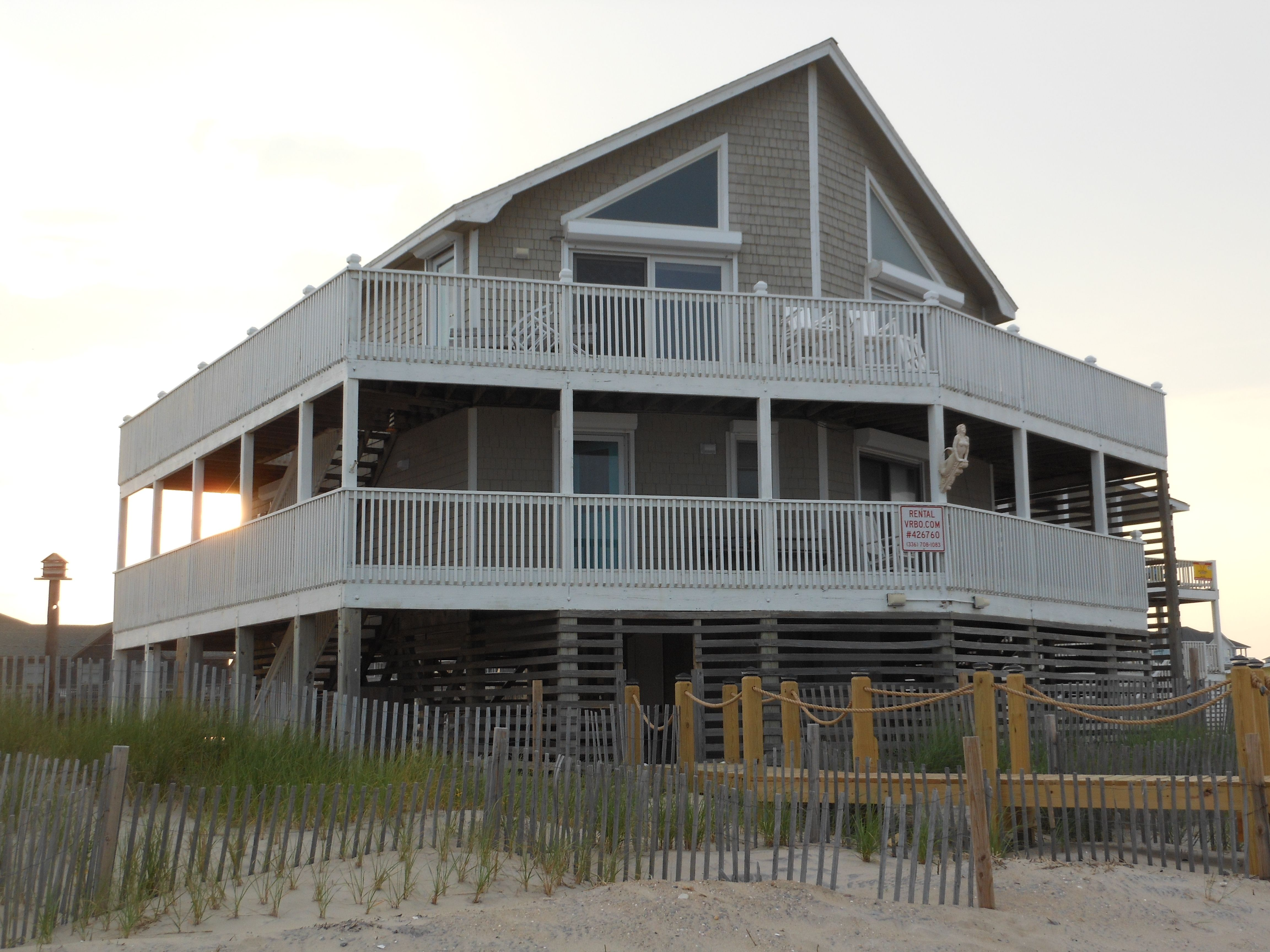 Stupendous Mermaids Tears Rodanthe Nc Beach Cottages House Styles Home Interior And Landscaping Ponolsignezvosmurscom
