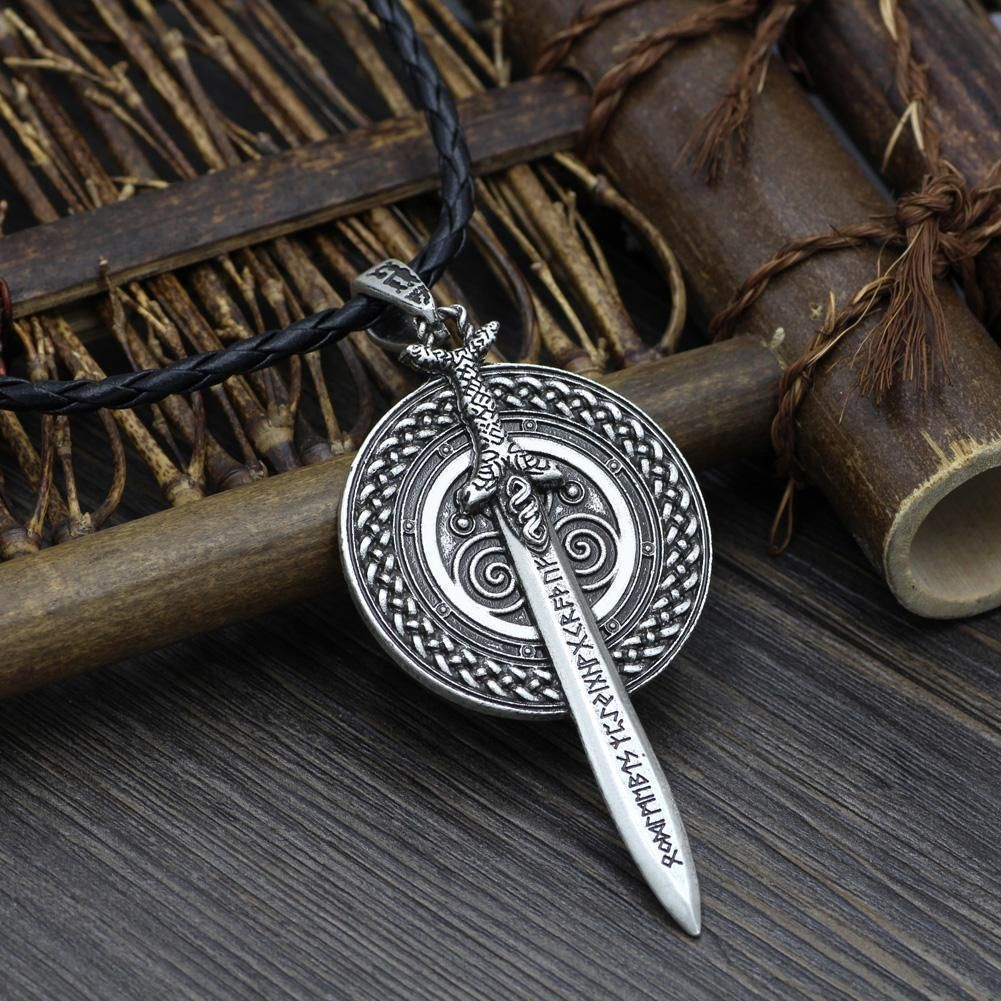 Norse//Thor//Hammer//Raven//Necklace Silver /& Gold Beard Beads Viking Jewelry