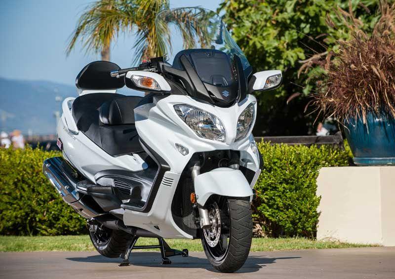 2013 suzuki burgman 650 abs - first ride | rider magazine | two