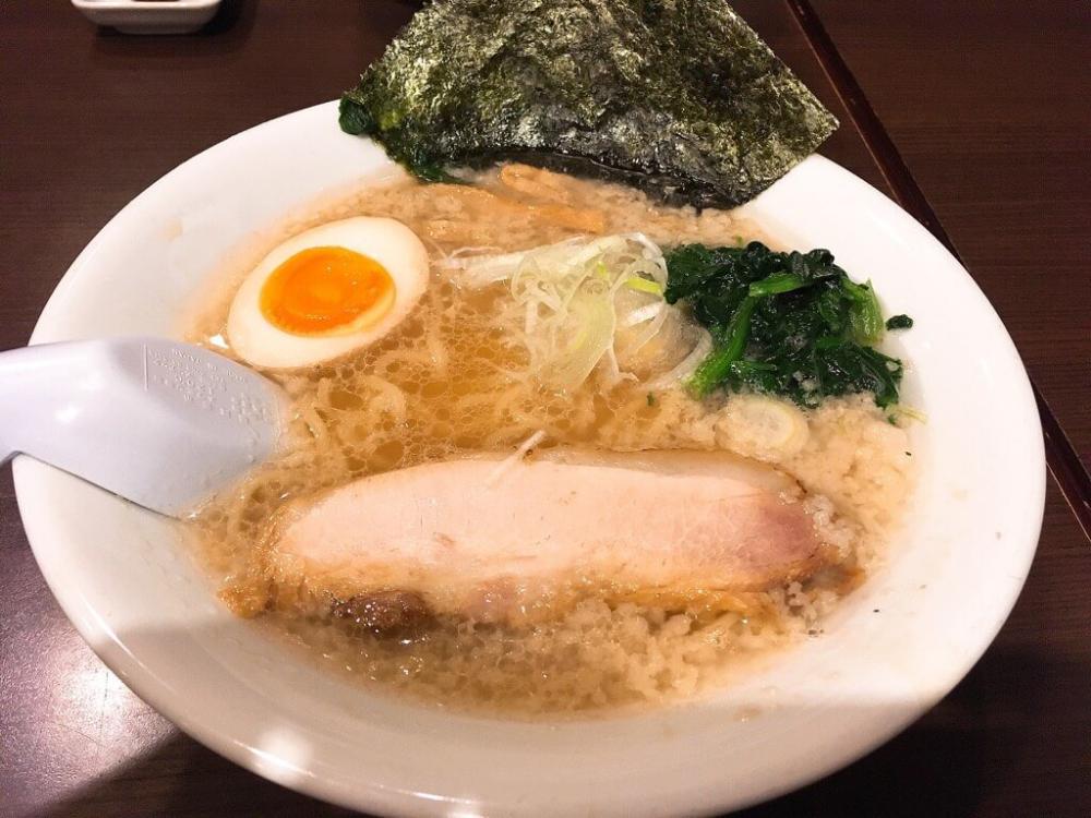 濃厚豚骨横濱家系 のじ家 東京豚骨醤油ラーメンと山形辛みそラーメン
