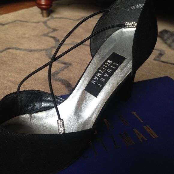 •High Fashion Heels• High fashion black heels | Original box included | Super cute and fancy | Perfect for a wedding, fancy dinner date, or school dance | Open to offers | Posh rules only Stuart Weitzman Shoes Heels