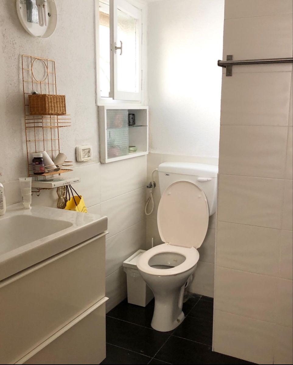 #beforeandafter #bathroomdecor