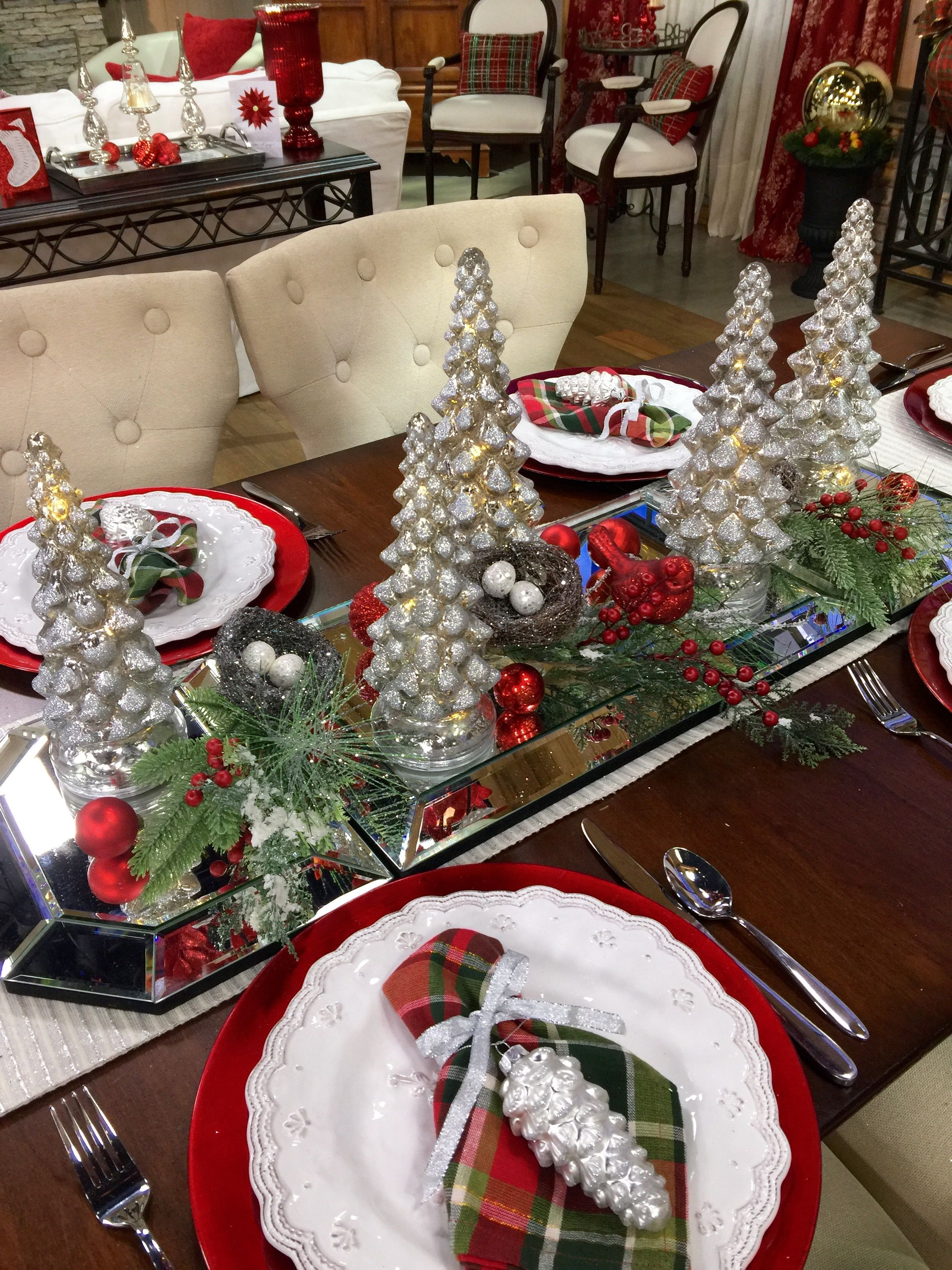 Pin by Sandra Sheek on Christmas Tablescapes