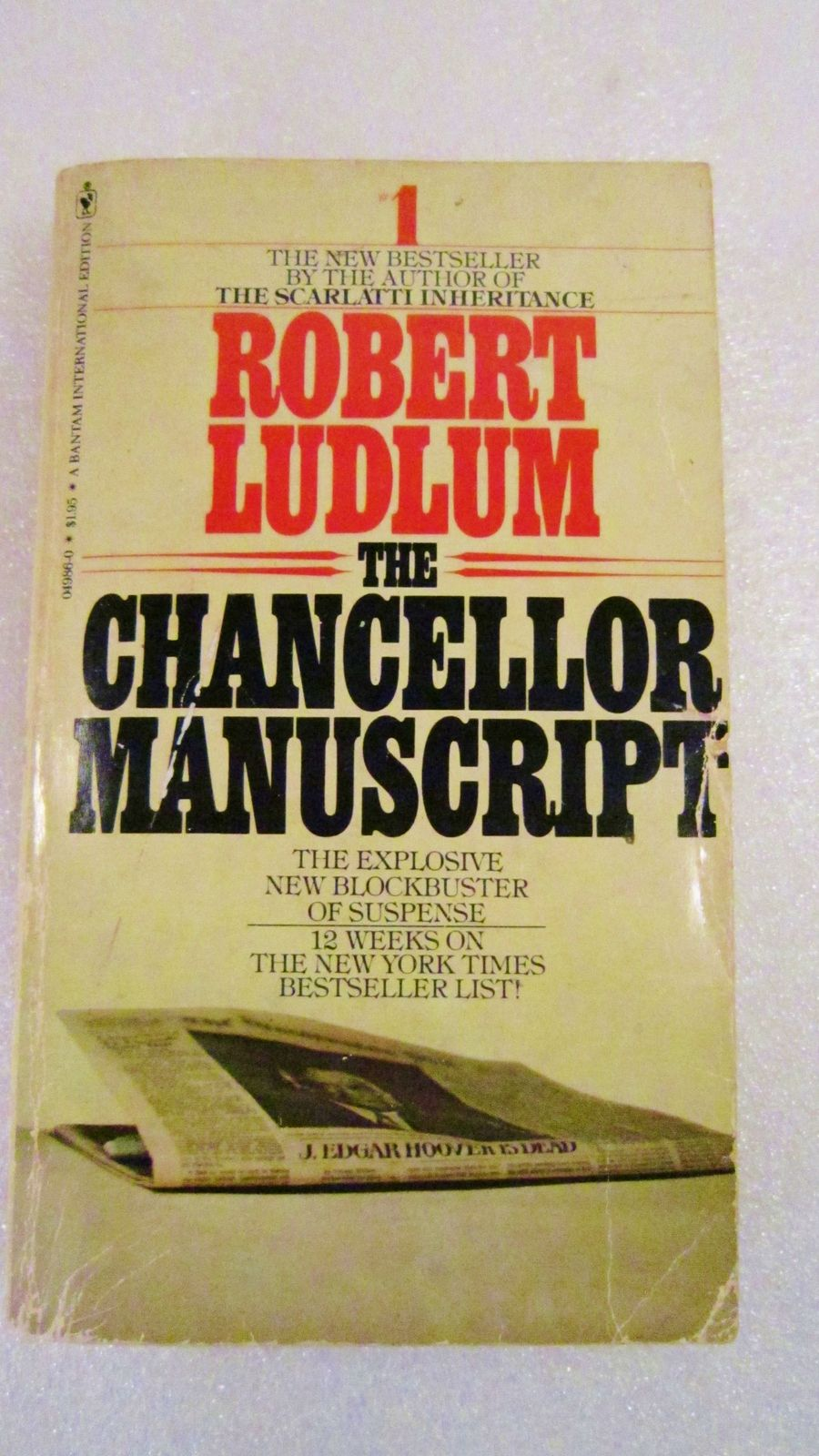 [PDF] The Chancellor Manuscript Book by Robert Ludlum Free Download (448 pages)