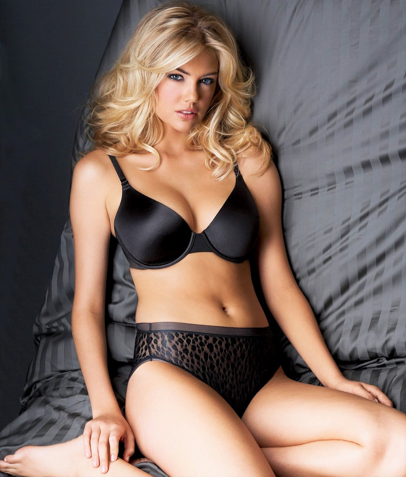 ead0beb0cf ... bra and panty goodness! Kate Upton