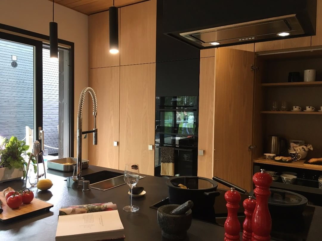 The Housing Fair in Mikkeli, Finland - from 14 July to 13 August 2017. One of our favorite homes on this fair is house 26 called Kotikontti where this fabulous kitchen completes the work.  @asuntomessut_official @starck  #AXOR #AXORnordic #PhilippeStarck