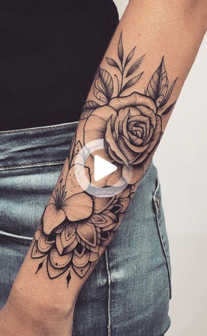 Tatuaggi sotto l'avambraccio della donna → 150 grandi idee da ispirare | T