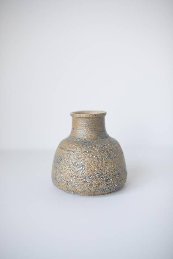 Small Vintage Handmade Pottery Vase Neutral Vase Plasticvasesideas