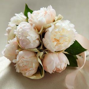 Janes Wedding Flowers Simple Bridal Bouquets Peonies Wedding