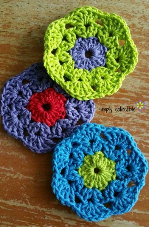 Retro Bloom Coaster or Scrubbie free crochet pattern • Simply ...