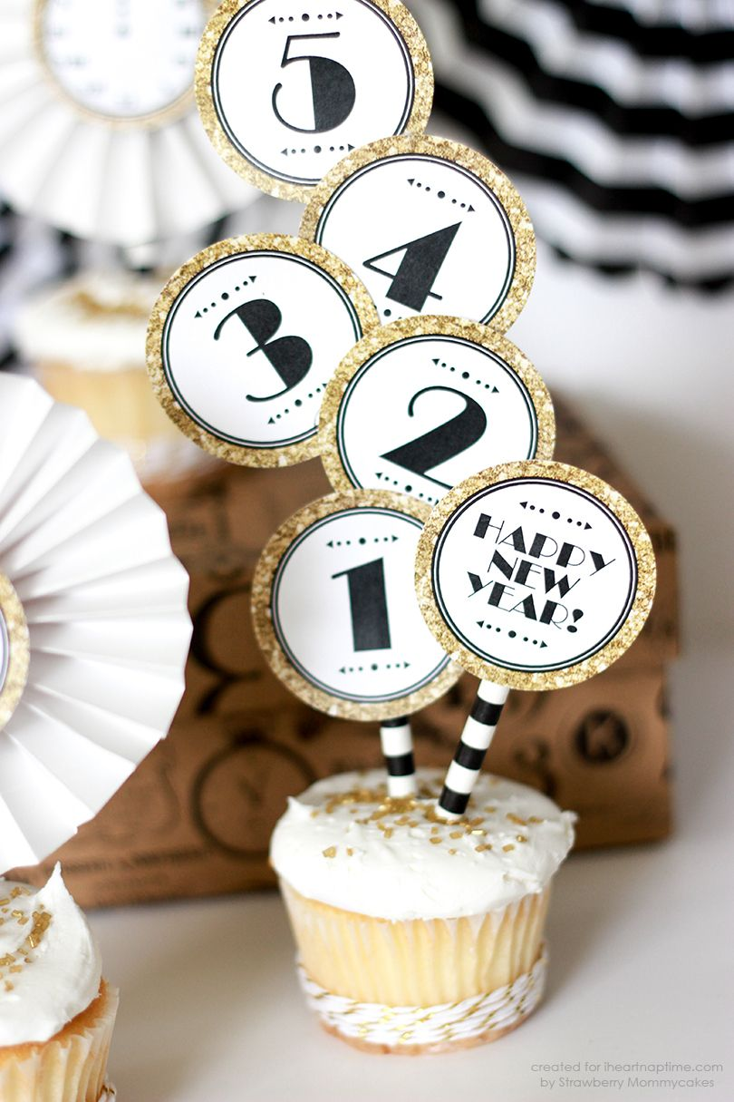 Black and Gold New Year Cupcake Toppers - free printable perfect for ...