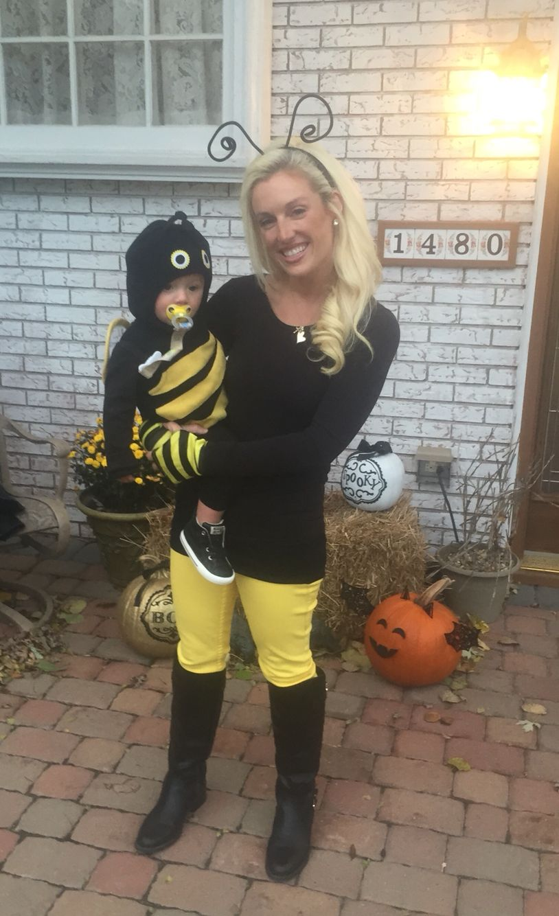 simple mother and son costume, color matching bumble bees