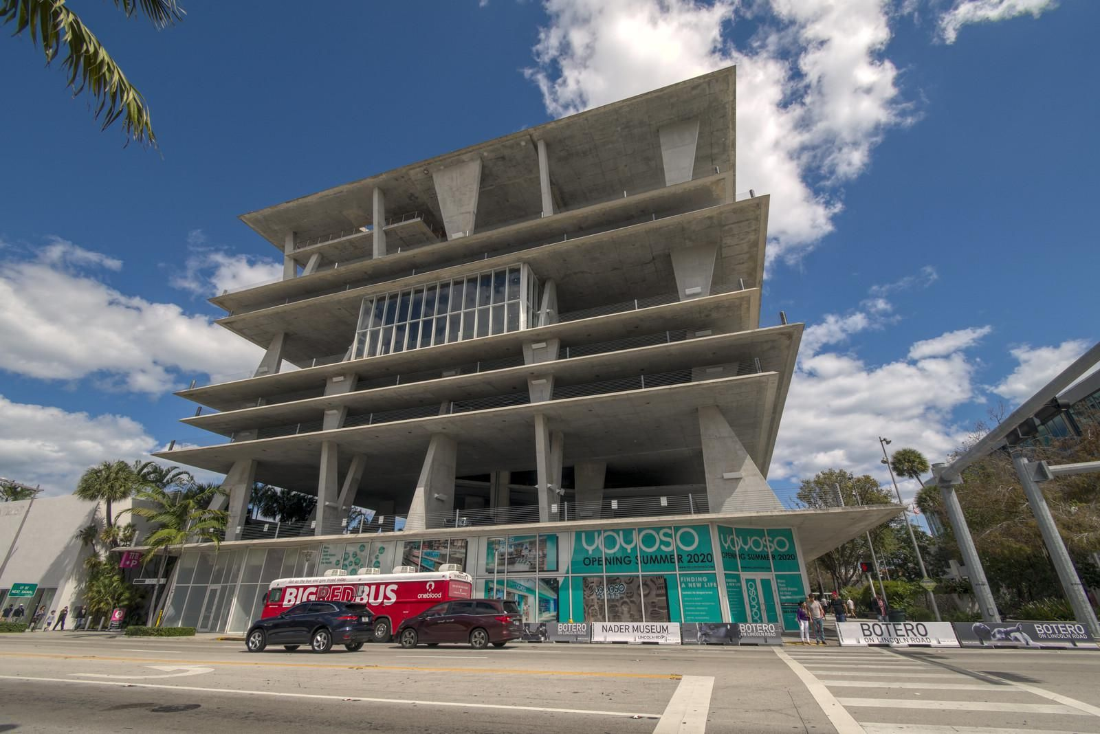 Brutalist Parking Garage In Miami Beach Designed By Herzog And De Meuron 16001068 In 2020 Architecture Beach Design Beautiful Architecture