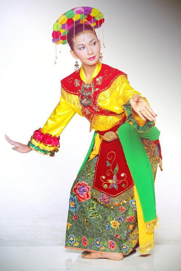 Tata Rias Dan Busana Tari Gambyong : busana, gambyong, Cokek, Dance, #betawi, Gambar, Tarian,, Tari,, Kostum