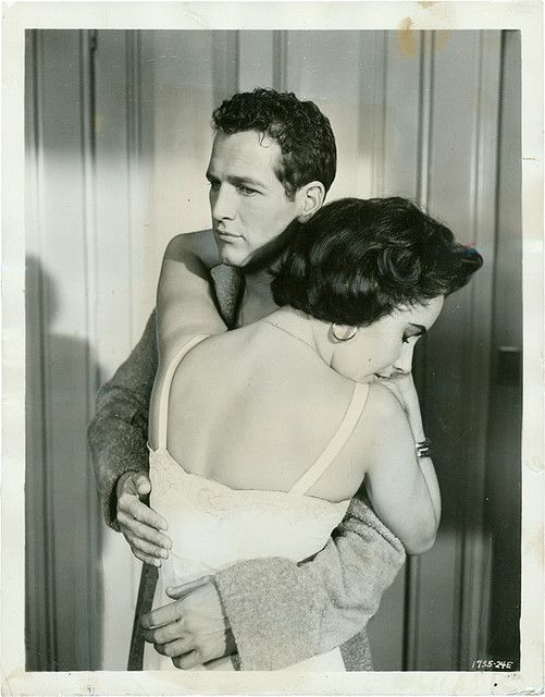LizTaylor & PaulNewman in Cat On A Hot Tin Roof (1958)