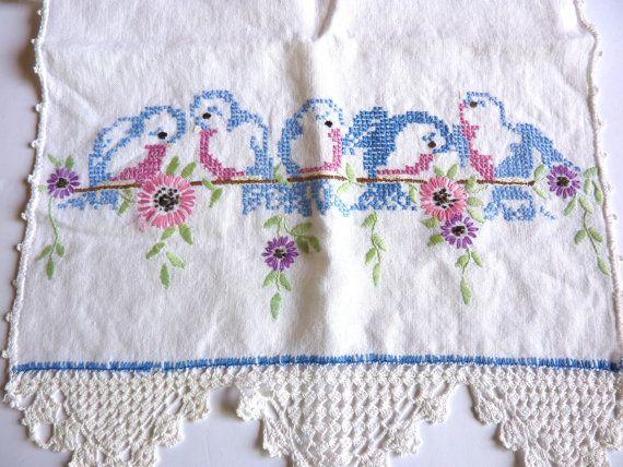 Vtg Blue Birds Dresser Scarf Crocheted Lace by BonniesVintageAttic, $15.50