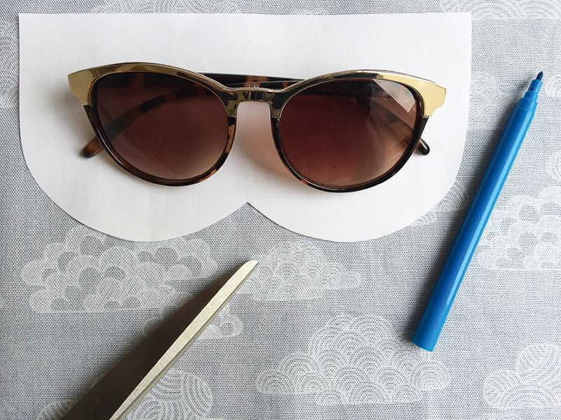 How to make a sunglasses case, easy sewing project