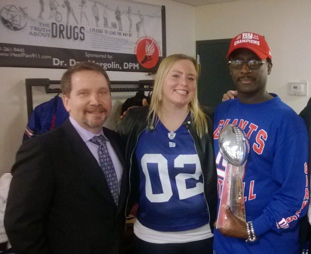 Stephen Baker the Touchdown Maker with Dr. Dan Margolin and Dr. Maryellen Brucato at a signing event for New Jersey Foot and Ankle Center's patients!  Visit us at www.njfootpain.com or call us at 201-261-9445.
