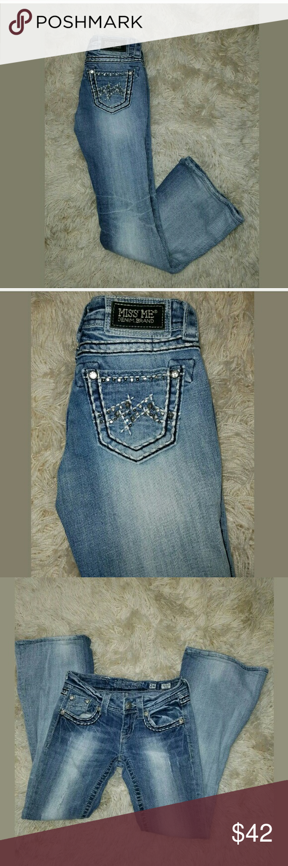 Womens Miss Me Flare Leg Denim Blue Jeans Womens Miss Me Flare Leg Denim Blue Jeans Rhinestone EUC 24 x 28.5   Waist measures 25 inches.  6.5 inch rise.  32 inch hips.  28.5 inch inseam.   Excellent used condition. Smoke free home.   LB Miss Me Jeans Flare & Wide Leg