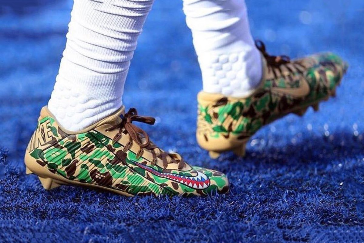 a38a38765b3 OBJ Sported BAPE Cleats to Honor Veterans