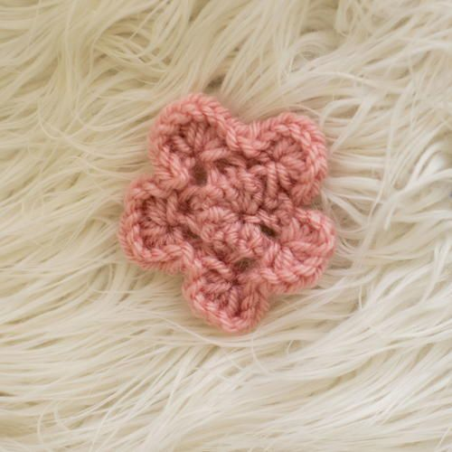 Cute And Simple Knit Flowers Knit Flowers Crochet Accessories And