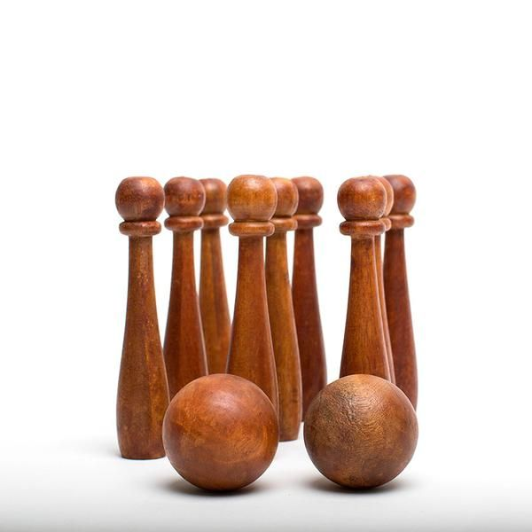 This beautiful wooden bowling game will arrive to you in a drawstring muslin bag complete with game instructions. It is a fun lawn game for your guests or somet