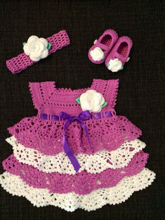 Crochet baby dress with headband | Stirnband, Babys und Babykleidchen