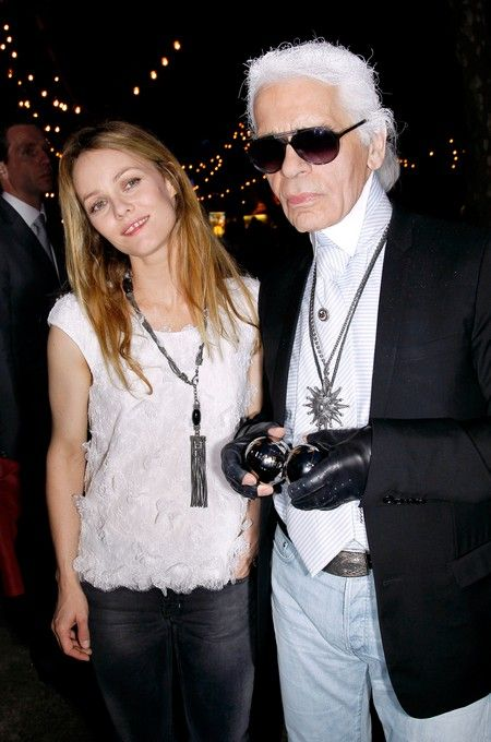 Karl Lagerfeld plays bocce in St-tropez