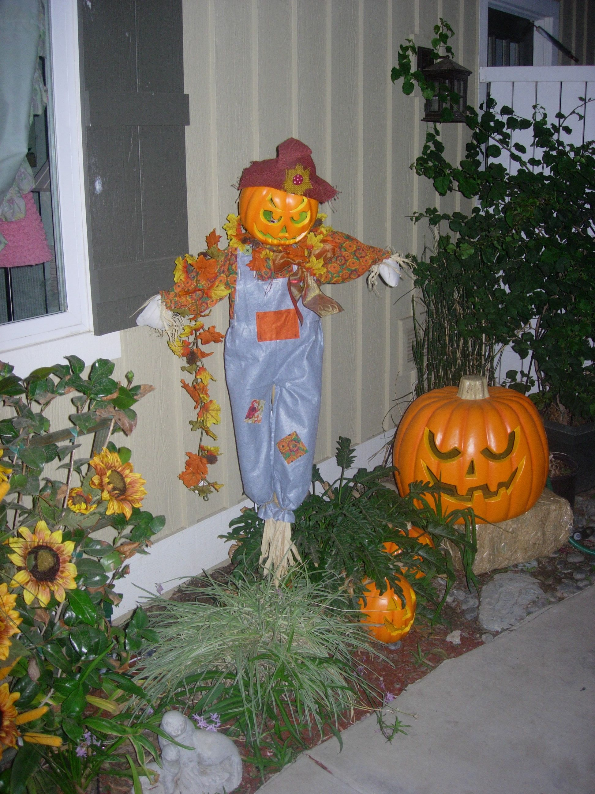 Decorate outside with plenty of pumpkins. Scary faces can