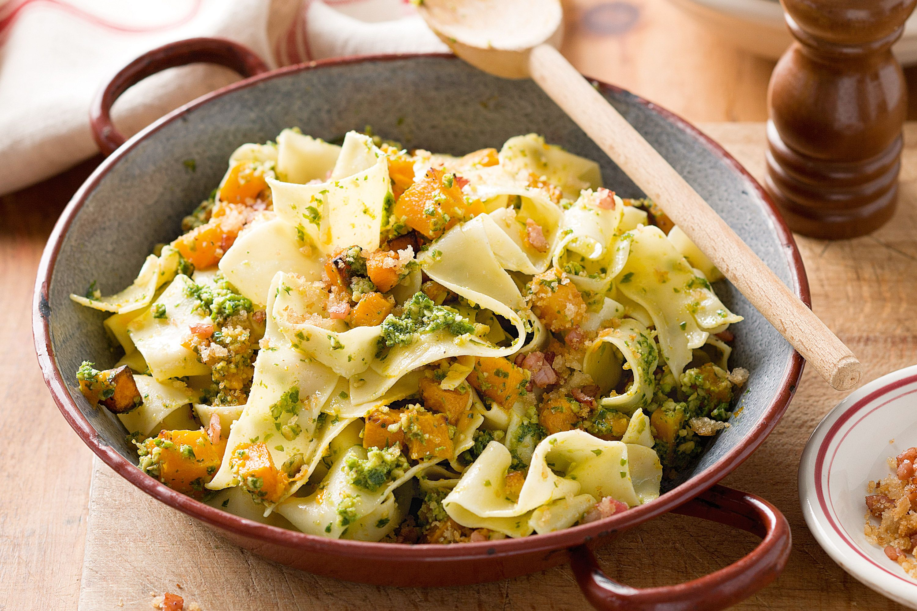 For+added+texture,+serve+this+pappardelle+with+crunchy+breadcrumbs+on+top.