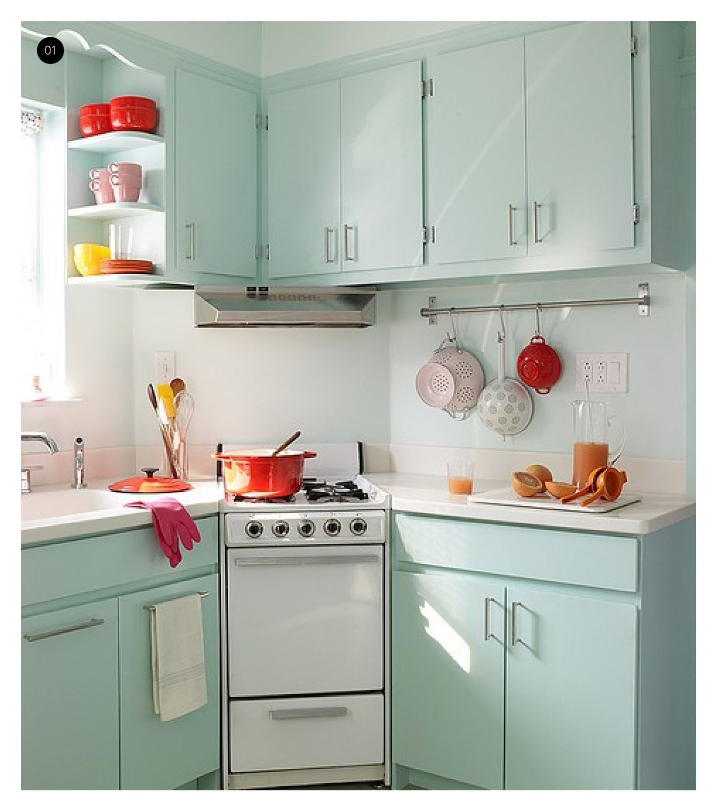 Very Small Kitchen Design: LOVE The Colors In This Vintage Kitchen. Red + Aqua