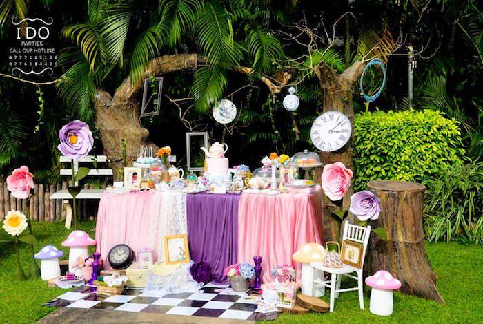Vintage Alice In Wonderland Birthday Tea Party Alice In