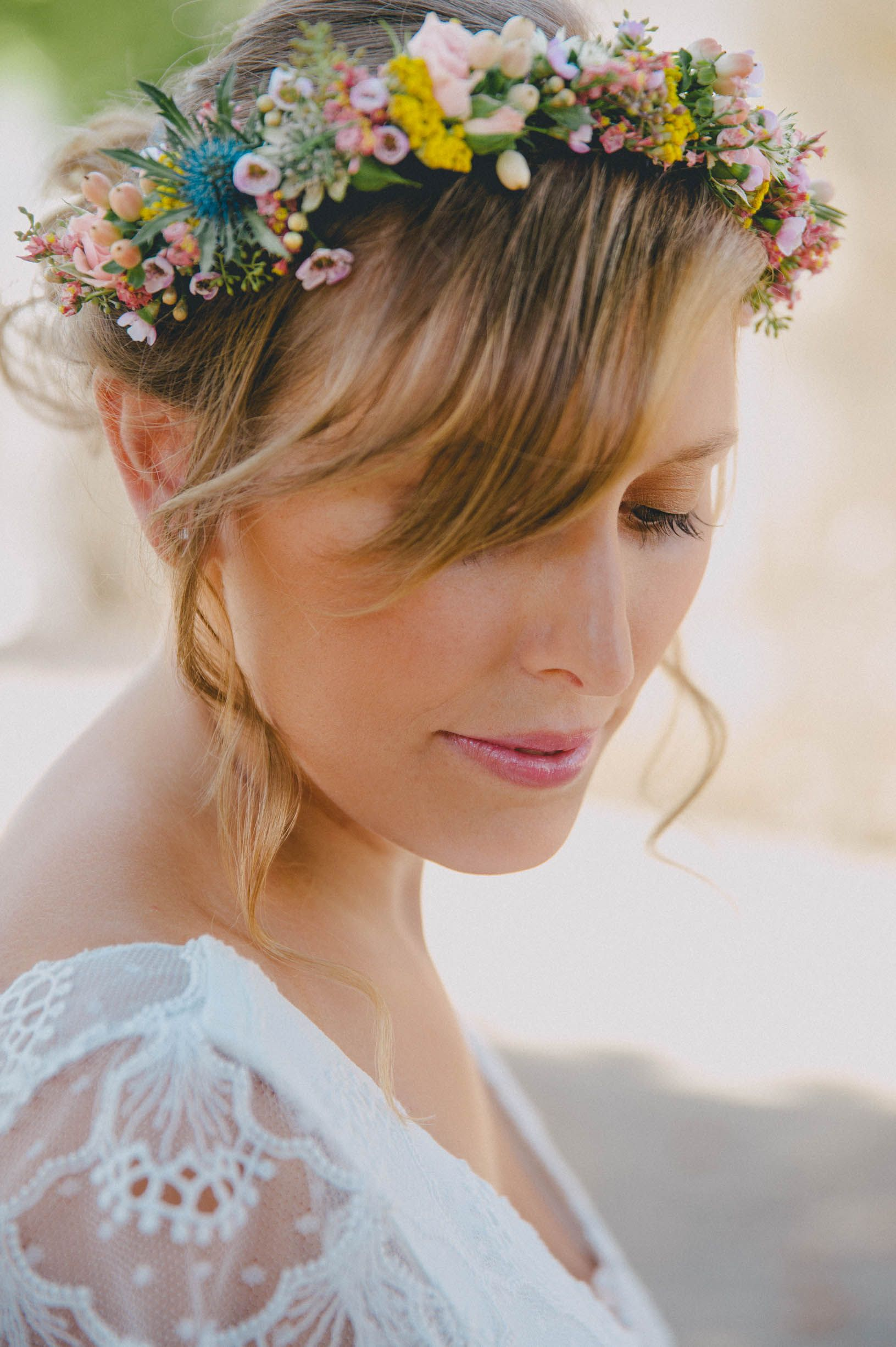Pin by estelle david on couronnes de fleurs pinterest wedding floral crown wedding spring wedding flowers bridal crown bridal hair crown flower izmirmasajfo