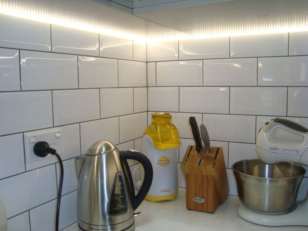 Led Strip Lighting Under Wall Cabinets In Kitchen For The Home Cupboard Lights Circuit