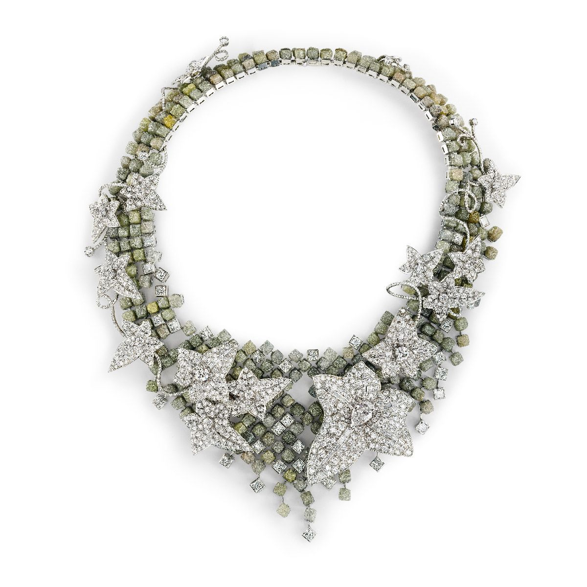 L'Artisan du Rêve  - inspired by the City of Light, Paris Faceted and rough diamond necklace