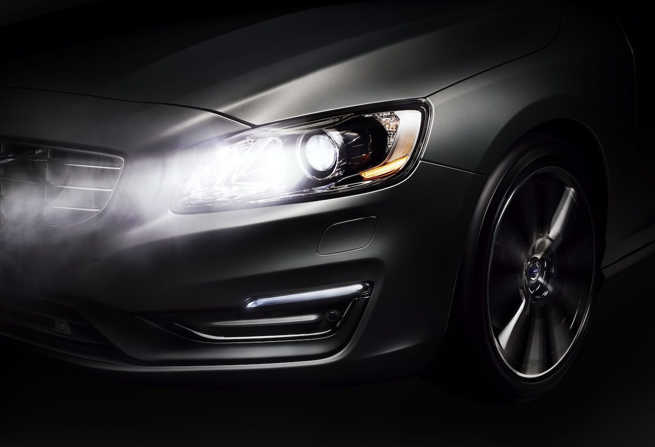 Geneva 2013 Volvo Unveils Active High Beam Control Technology Ahead Of Geneva Show Volvo Latest Cars Volvo Xc60
