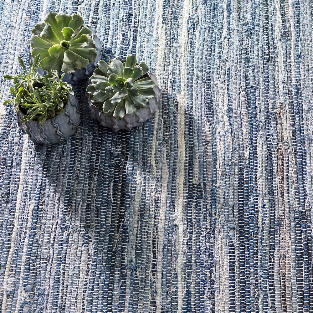 A New Update On Our Shades Of Blue And Natural Cotton Denim Rag Rug With Finer Yarns And A Tighter Weave Click Here For A D Denim Rag Rugs Cotton Rug Denim