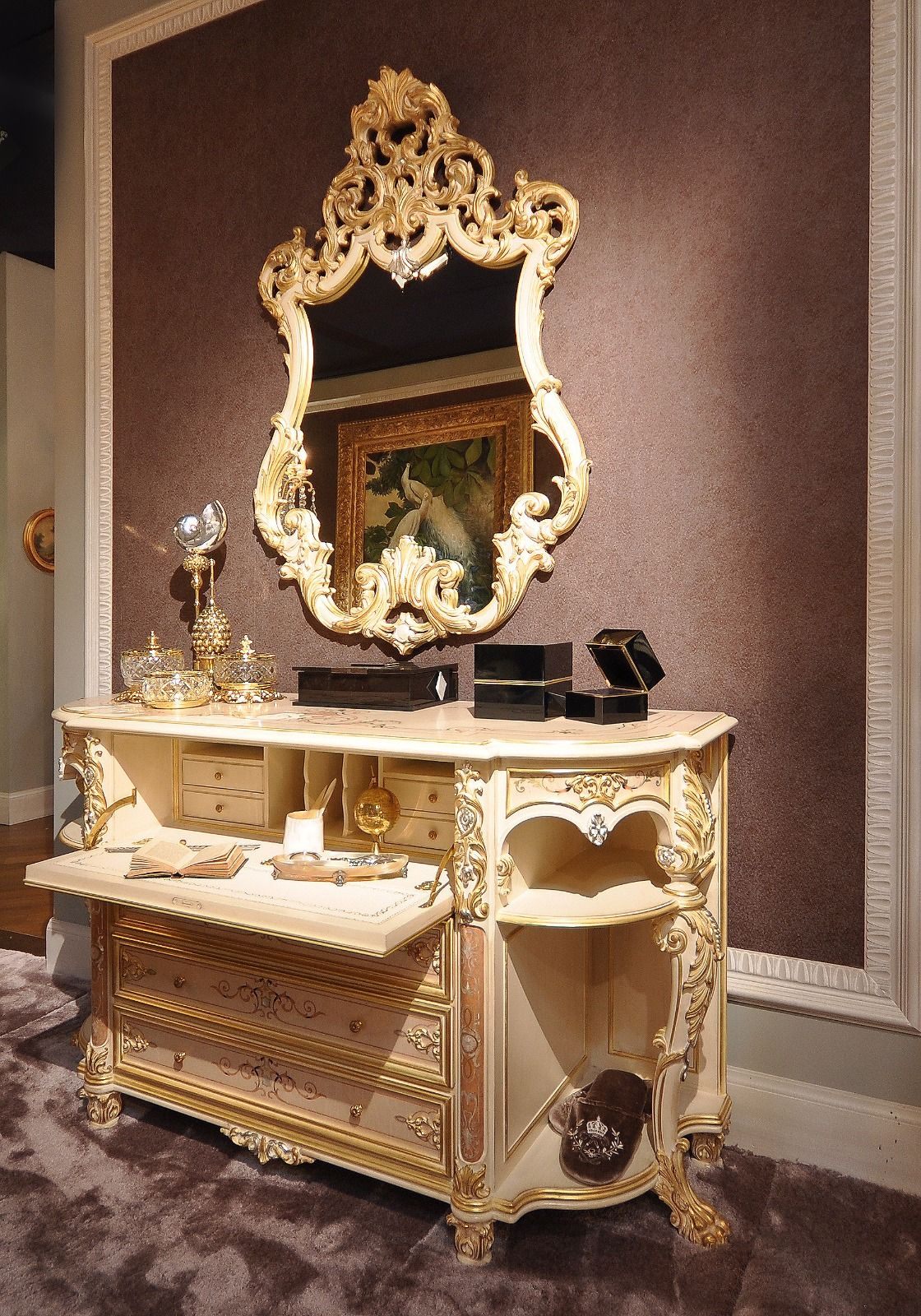 Dresser In Italian Classic Style